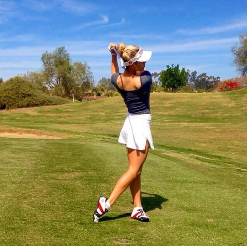 Paige Spiranac, la golfista più sexy del mondo conquista il web6