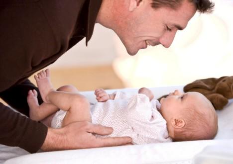 Gravidanza, anche i papà ingrassano: 2 kg in più per ogni figlio