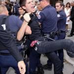 Parigi, animalisti Fondazione Bardot protestano contro Fendi10