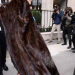 Parigi, animalisti Fondazione Bardot protestano contro Fendi7