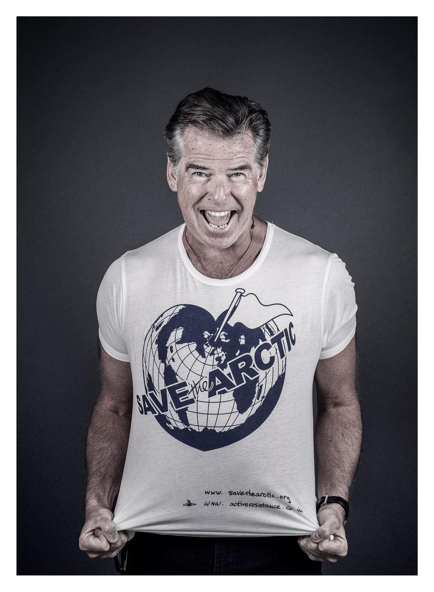 George Clooney, Hugh Grant, Chris Martin...60 star con Greenpeace per l'Artico11