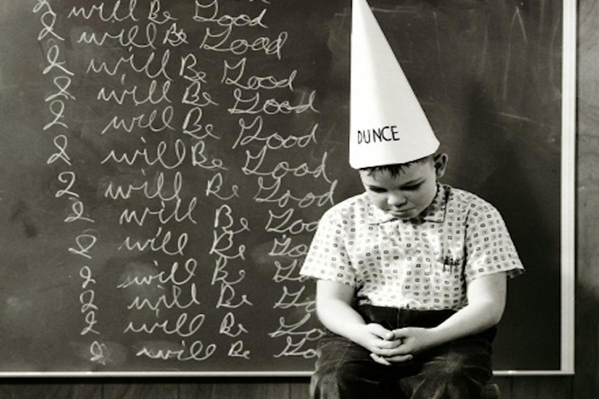 Scuola, cosa cambia: assunzioni, bonus, presidi con più poteri...