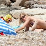 Sienna Miller mamma tenera e premurosa a Formentera6