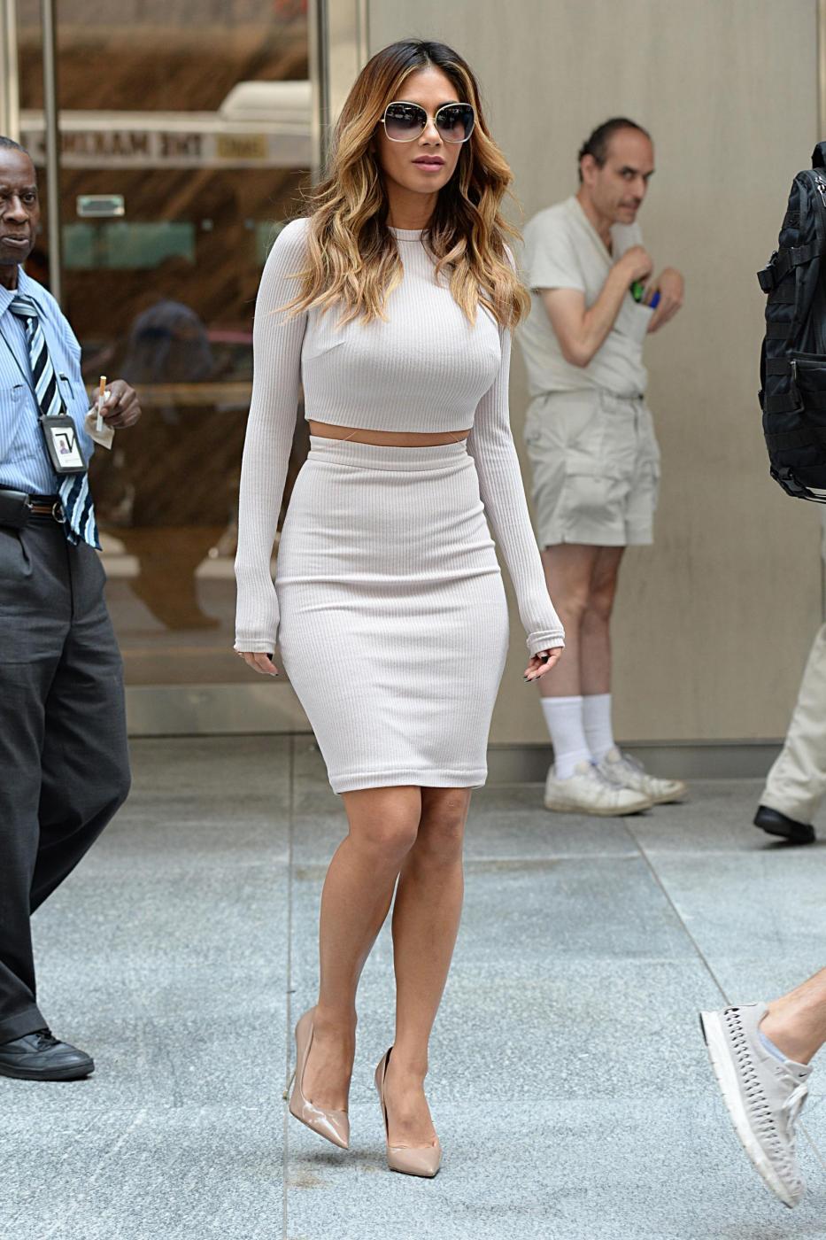 Nicole Scherzinger sempre più curvy e...bionda. Abiti super aderenti a New York FOTO 56