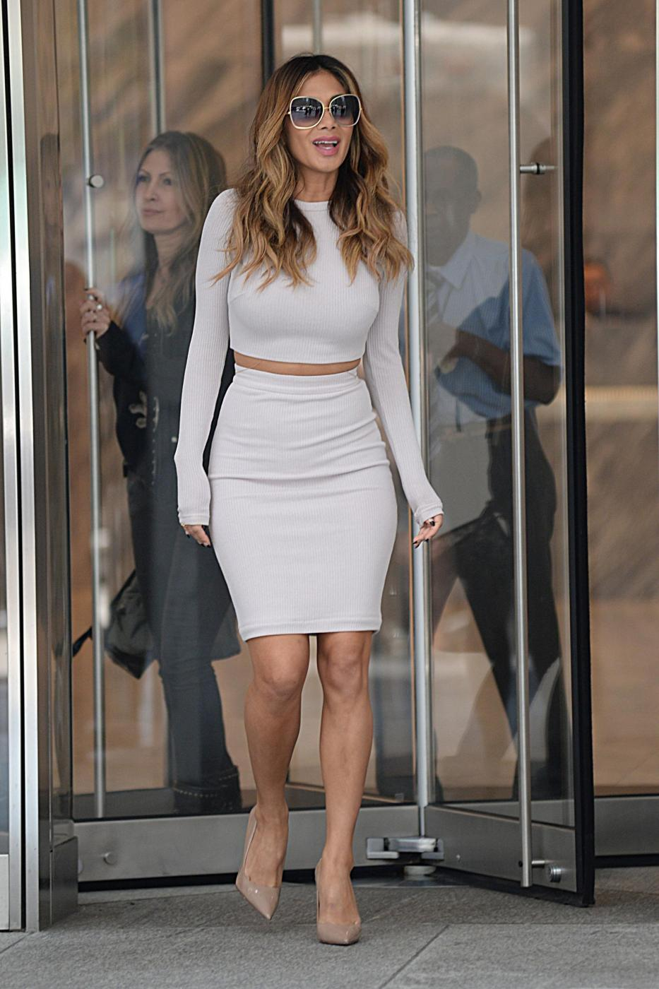Nicole Scherzinger sempre più curvy e...bionda. Abiti super aderenti a New York FOTO 59