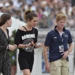 Charlotte Casiraghi versione rocker: indossa maglia dei Ramones a Parigi FOTO 4