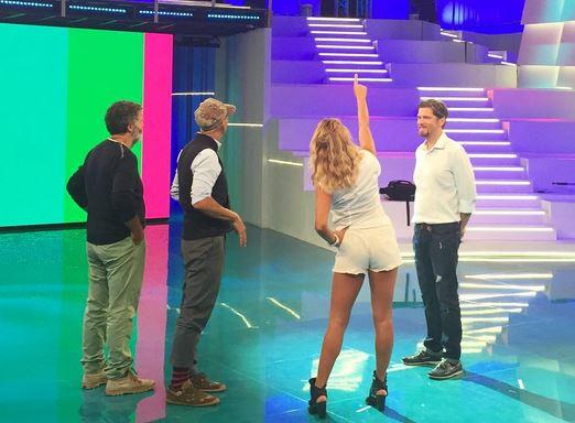 Barbara d'Urso in shorts: che fisico a 58 anni! FOTO