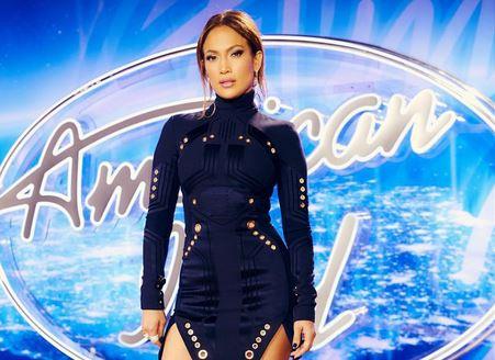 Jennifer Lopez, gambe da urlo a 46 anni FOTO 3