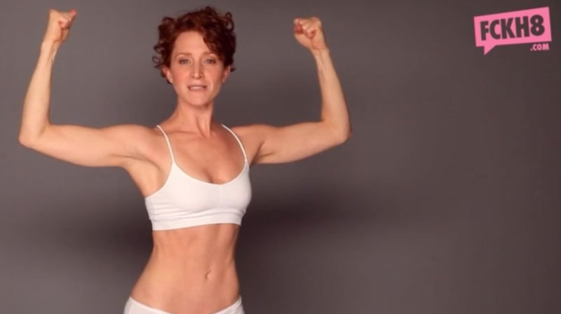 This What a #Feminist Looks Like, campagna contro Photoshop3