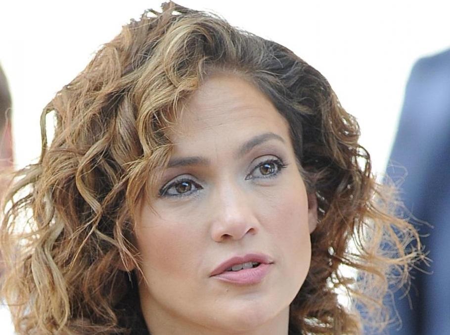 Jennifer Lopez poliziotta