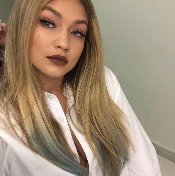 Gigi Hadid: shatush blu per la super modella FOTO