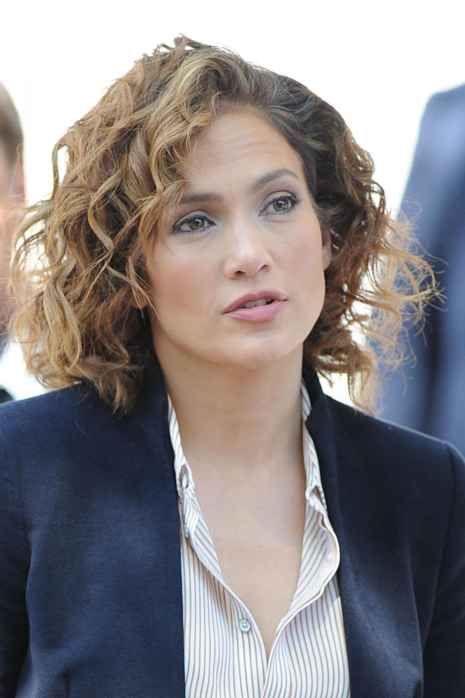 "Jennifer Lopez poliziotta sul set di ""Shades of Blue""8"