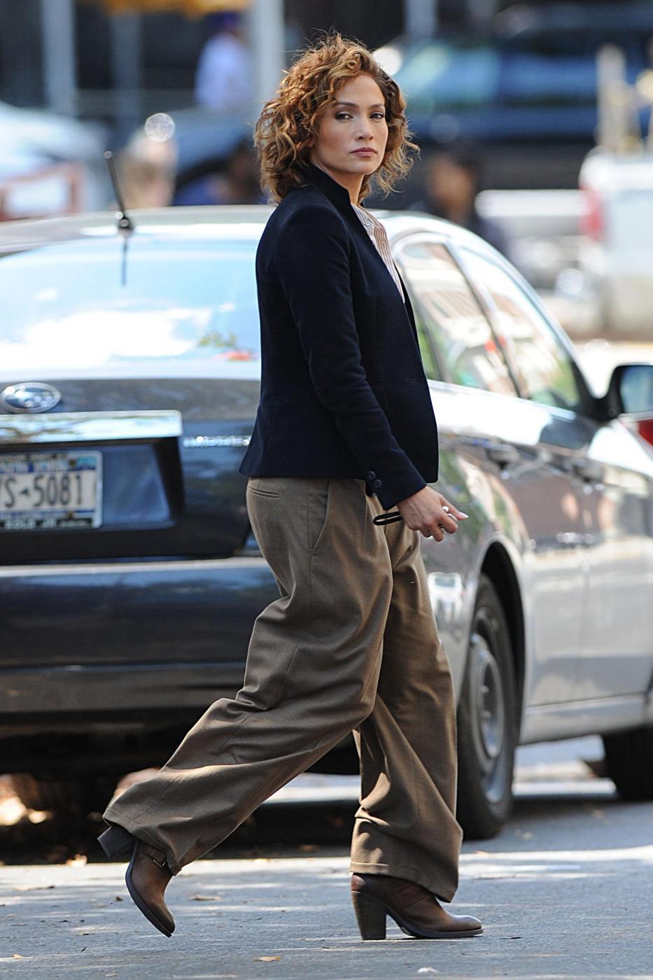 "Jennifer Lopez poliziotta sul set di ""Shades of Blue""6"