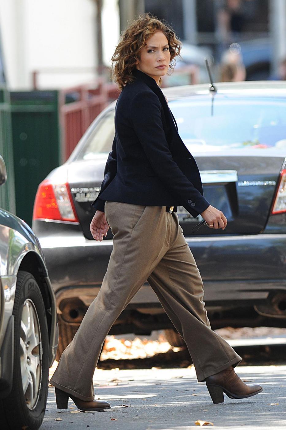 "Jennifer Lopez poliziotta sul set di ""Shades of Blue""5"