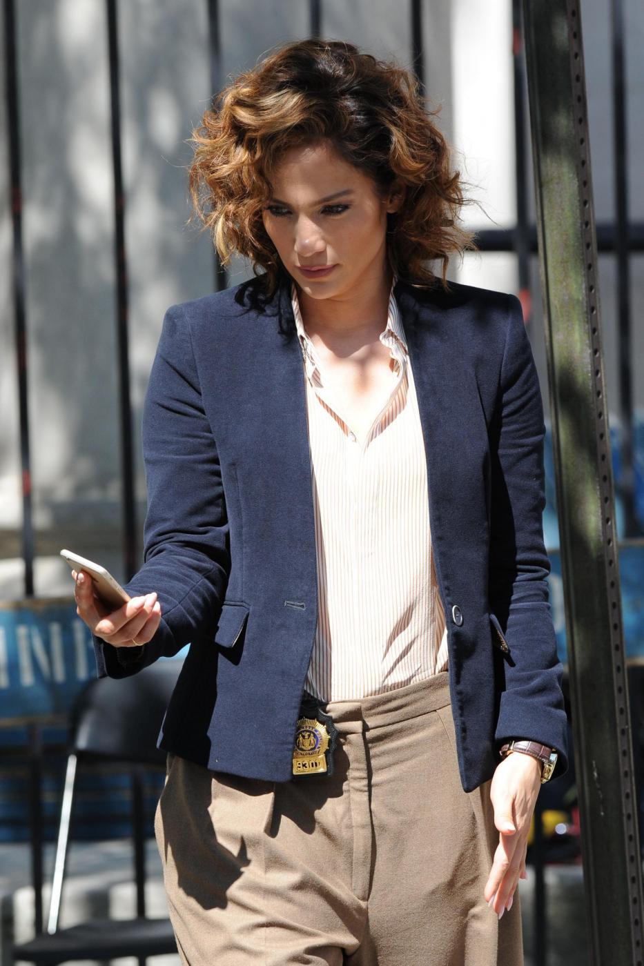 "Jennifer Lopez poliziotta sul set di ""Shades of Blue""2"