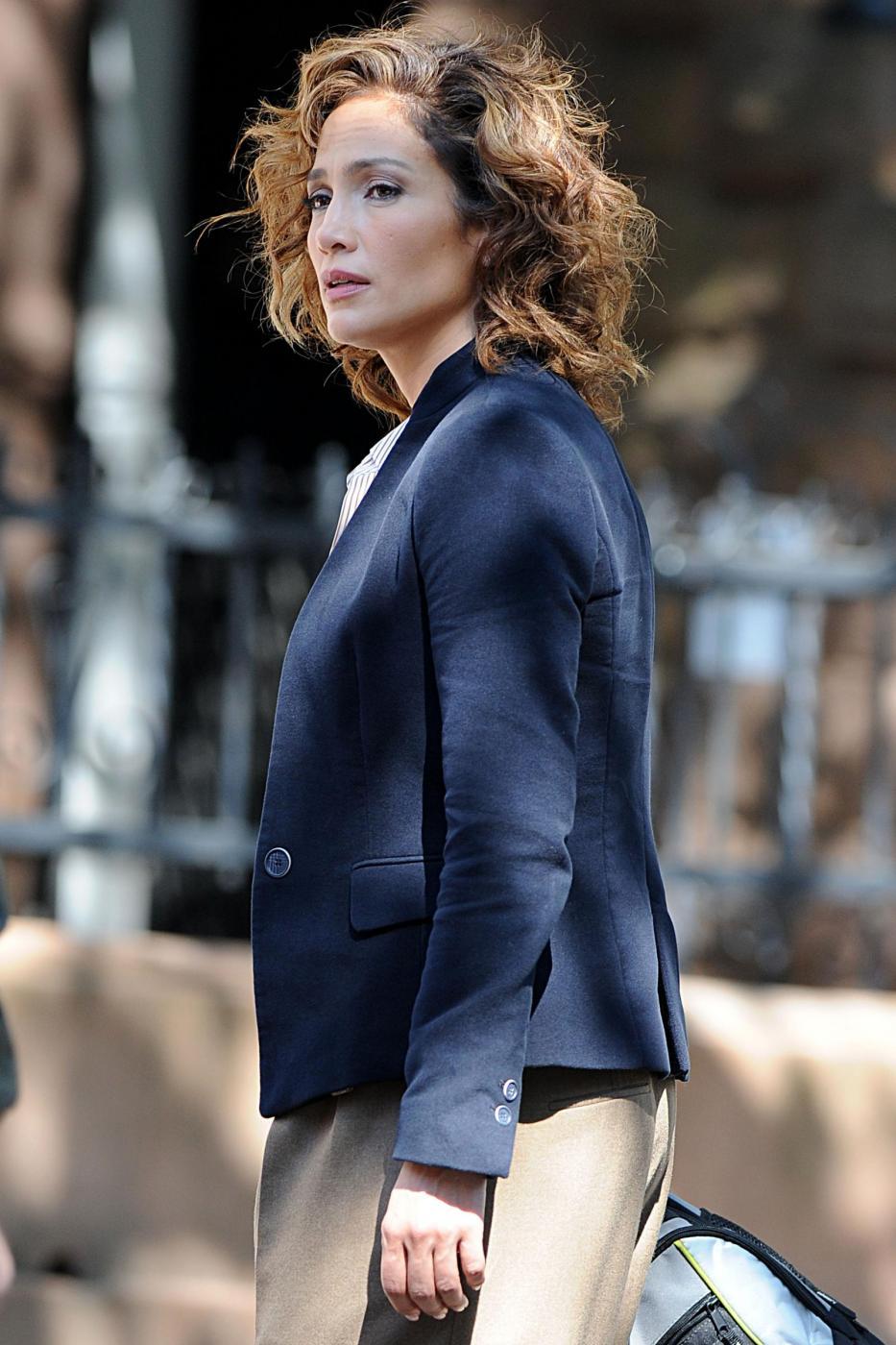 "Jennifer Lopez poliziotta sul set di ""Shades of Blue"""