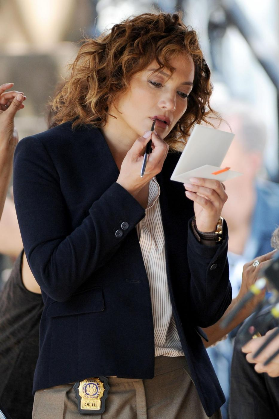 "Jennifer Lopez poliziotta sul set di ""Shades of Blue""13"