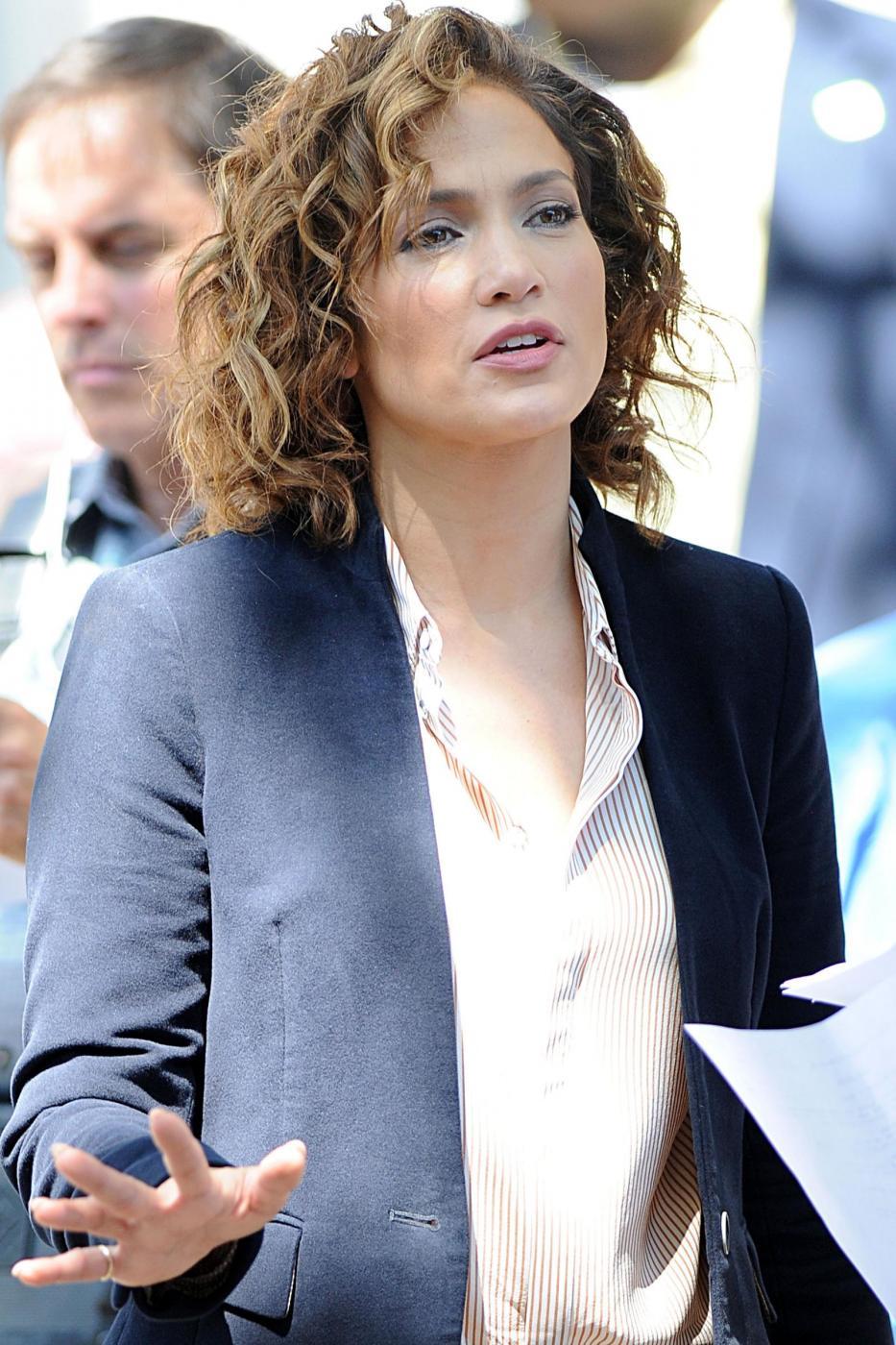 "Jennifer Lopez poliziotta sul set di ""Shades of Blue""11"