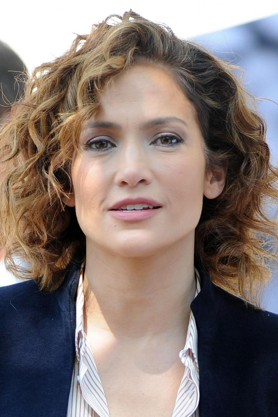 "Jennifer Lopez poliziotta sul set di ""Shades of Blue""10"