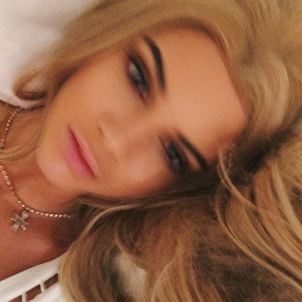 Kendall Jenner bionda: nuovo look per supermodella FOTO