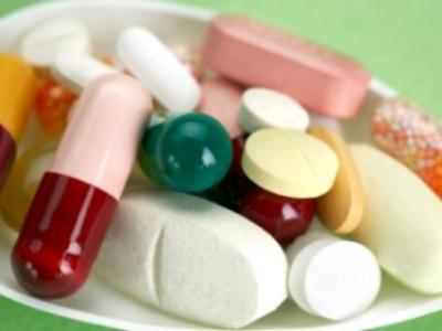 Antibiotici e antistaminici sotto il sole, attenti alle macchie