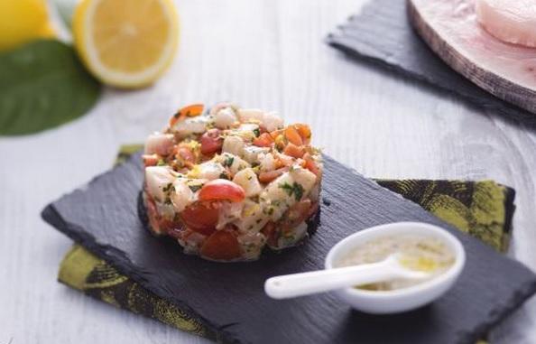 Ricette di pesce: tartare di spada con emulsione alle erbe