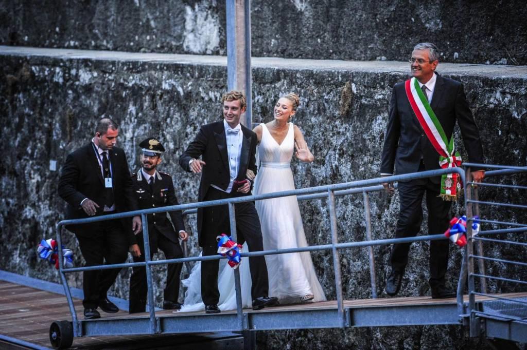 Charlotte Casiraghi e Carolina di Monaco alle nozze di Pierre e Beatrice FOTO