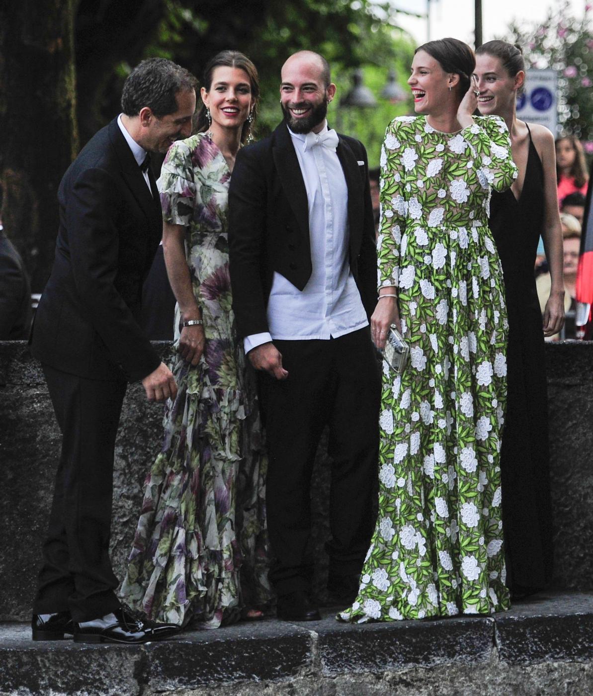Charlotte Casiraghi e Carolina di Monaco alle nozze di Pierre e Beatrice FOTO 2