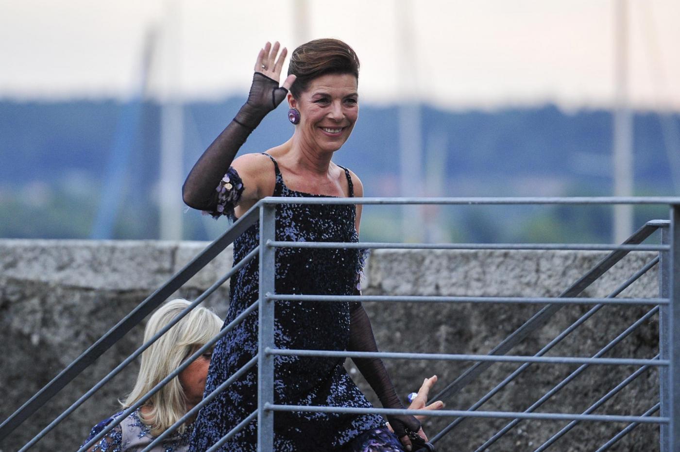 Charlotte Casiraghi e Carolina di Monaco alle nozze di Pierre e Beatrice FOTO 6