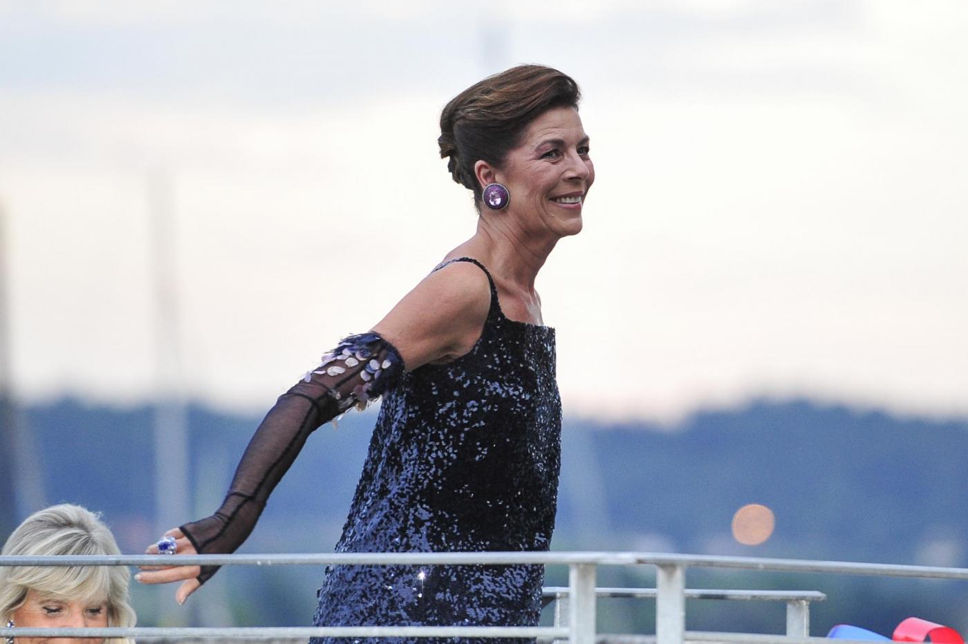 Charlotte Casiraghi e Carolina di Monaco alle nozze di Pierre e Beatrice FOTO 22