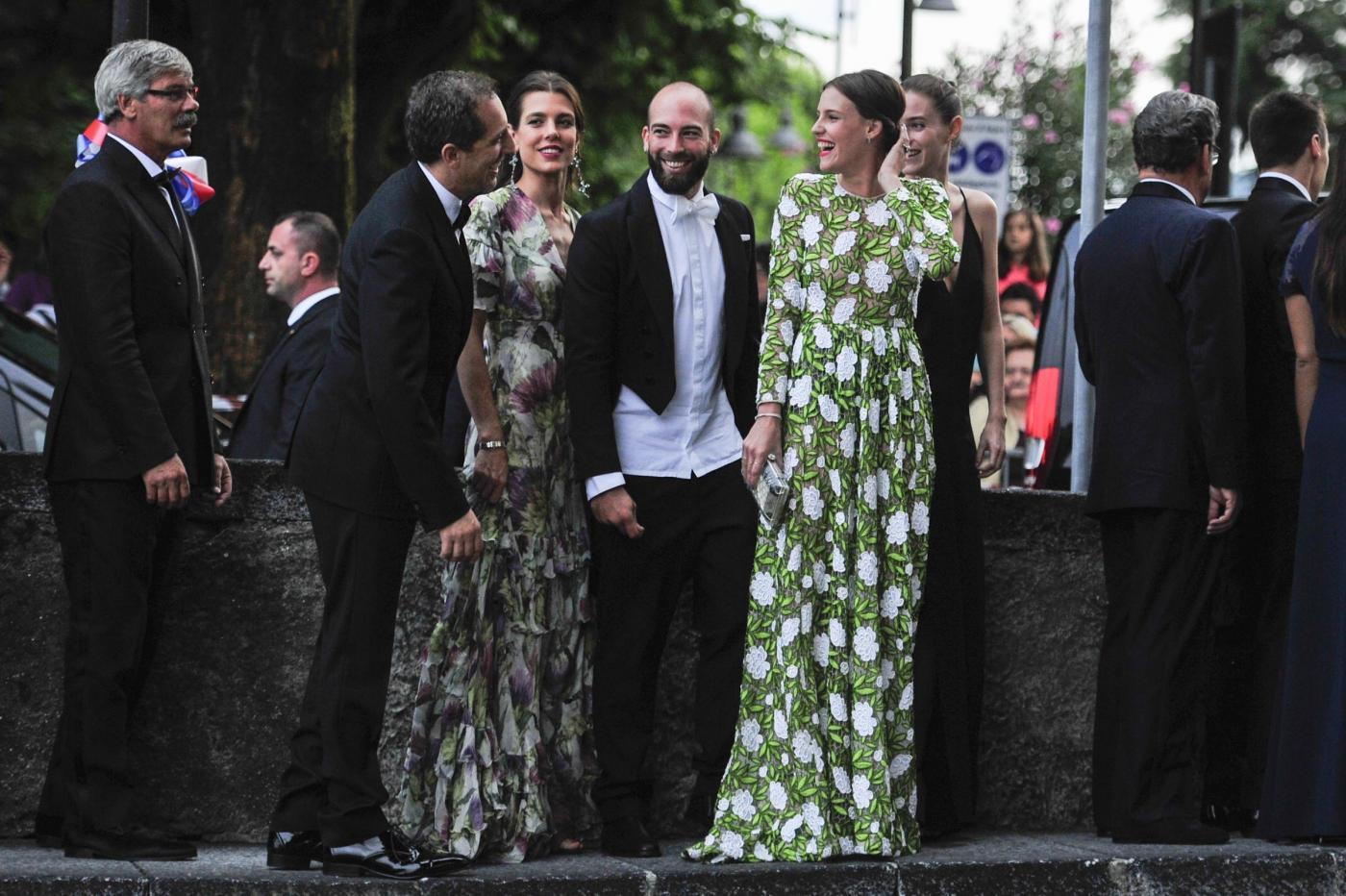 Charlotte Casiraghi e Carolina di Monaco alle nozze di Pierre e Beatrice FOTO 26