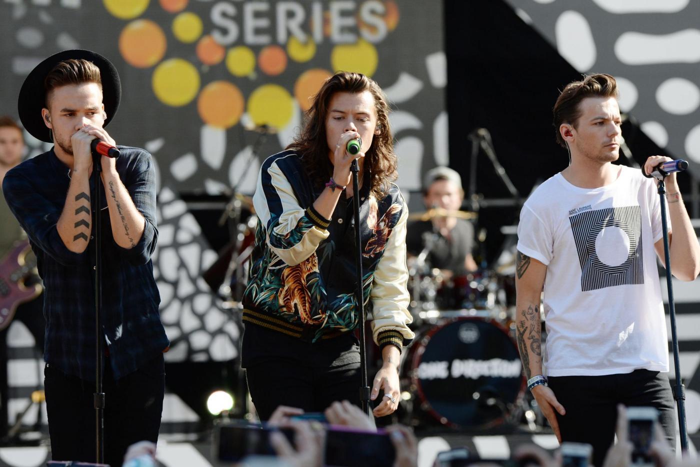 One Direction, Harry Styles e il resto del gruppo in concerto a New York FOTO 8