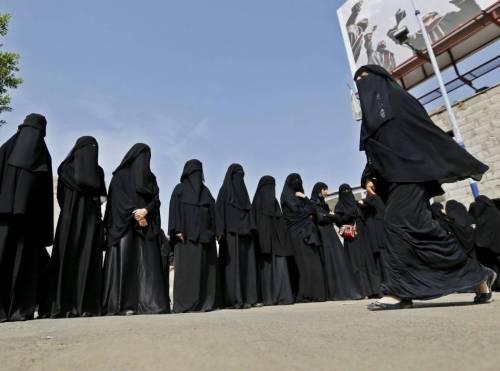 Arabia Saudita, donne potranno votare: prima volta nella storia