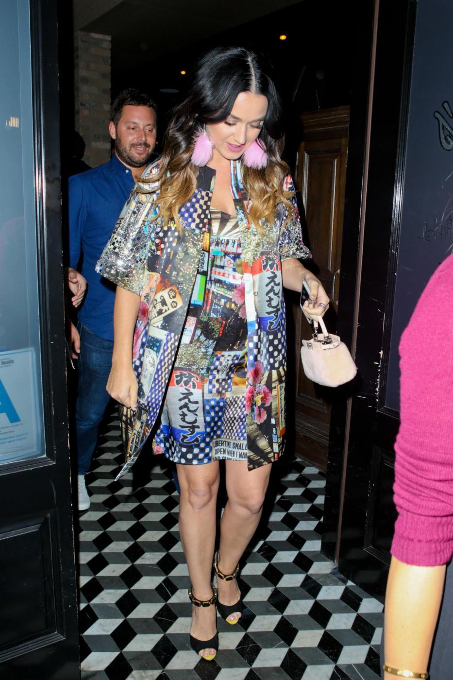 Katy Perry con lo shatush: la cantante cambia look 8