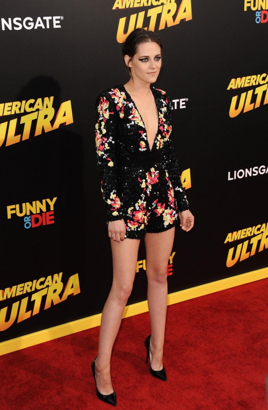 Kristen Stewart, mini abito firmato Zuhair Murad a Los Angeles 1