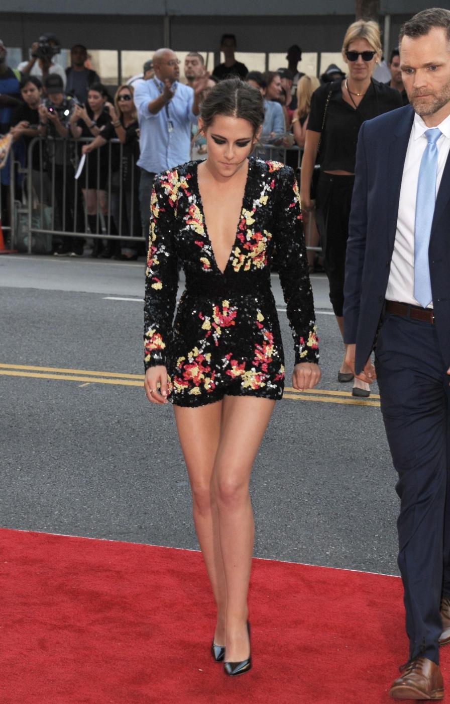 Kristen Stewart, mini abito firmato Zuhair Murad a Los Angeles 13