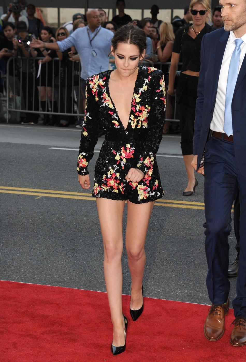Kristen Stewart, mini abito firmato Zuhair Murad a Los Angeles 14