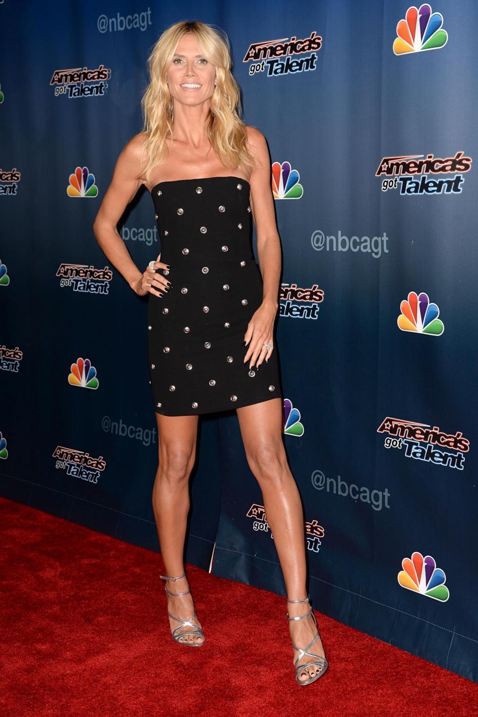 Heidi Klum, mini abito e tacchi per America's Got Talent 9