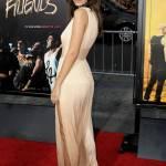 Emily Ratajkowski: scollatura da urlo a Hollywood FOTO 4