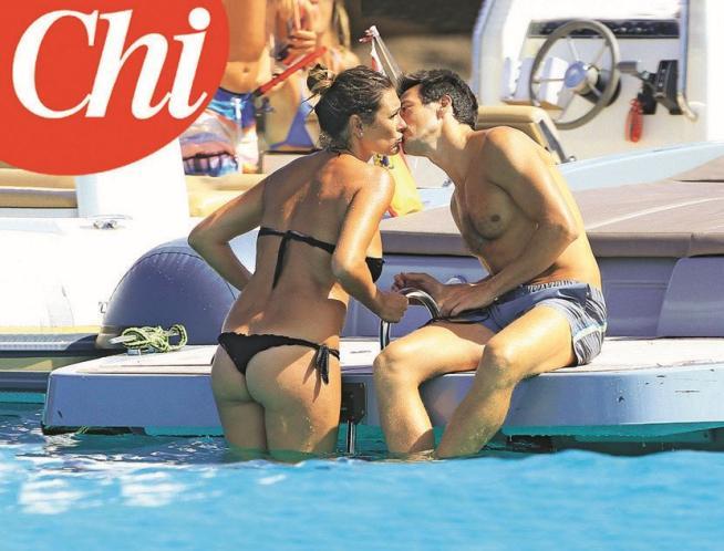 Alena Seredova e Alessandro Nasi: bacio di fine estate FOTO