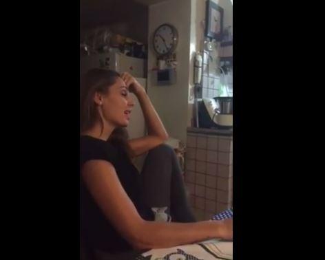Anna Tatangelo canta in napoletano VIDEO