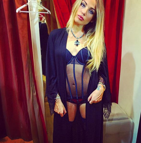 Aurora Betti in lingerie su Instagram FOTO