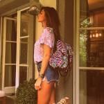 Belen Rodriguez rilancia la moda degli shorts strappati FOTO