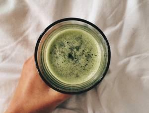 La bevanda naturale che allevia i bronchi dai danni del fumo