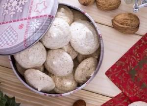 Ricette di dolci: biscottini noci e nocciole