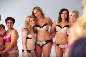 Donne malate di cancro al seno posano in lingerie per M&S