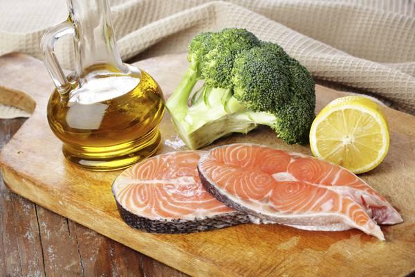 Nutrire il cervello delle donne: pane, miele, carne, uova...
