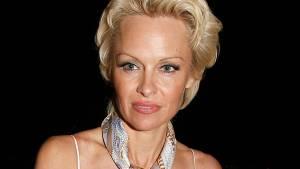 Pamela Anderson: Ho rischiato di morire, vi parlo del mio male