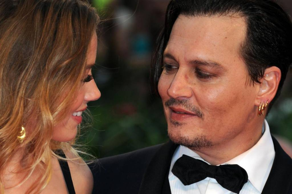 Amber Heard- Johnny Depp, sguardi complici alla Mostra Venezia FOTO