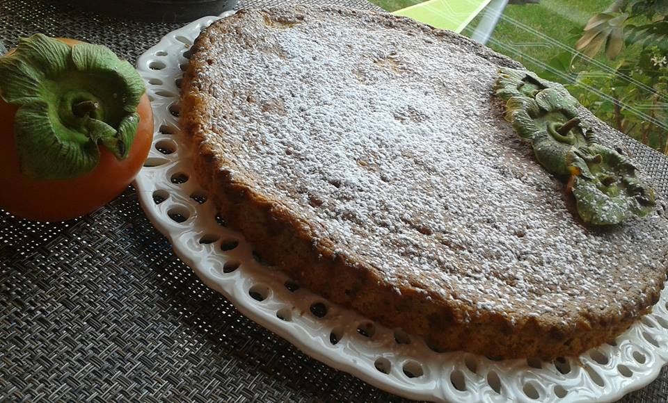 Ricetta dolce: Torta cachi mascarpone e frutta secca